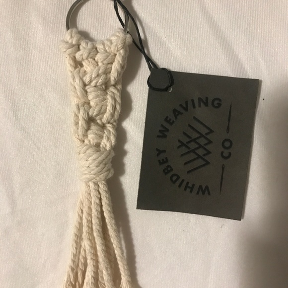 Accessories - Knot Keychain
